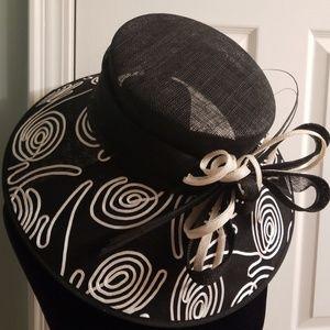 Totally CLASS summer hat!